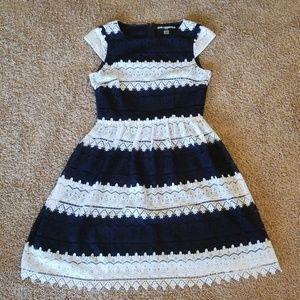 Karl Lagerfeld Knee Length Dress size 2